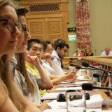 """Hearing und Abschlusspressekonferenz in der """"Chamber"""""""
